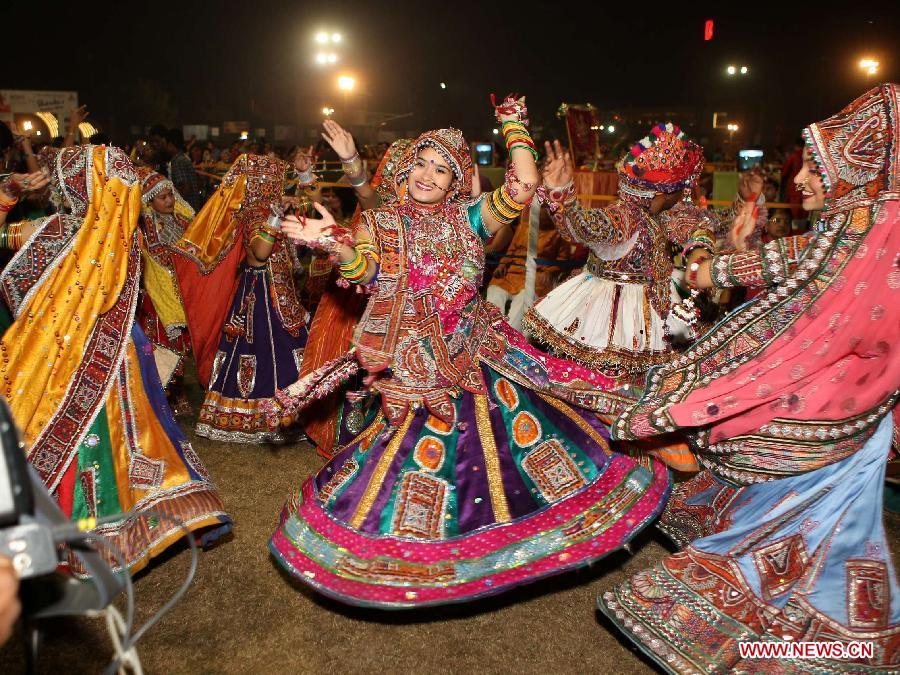 garba-navratri-celebration