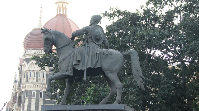 shivaji-statue-near-gateway-of-india
