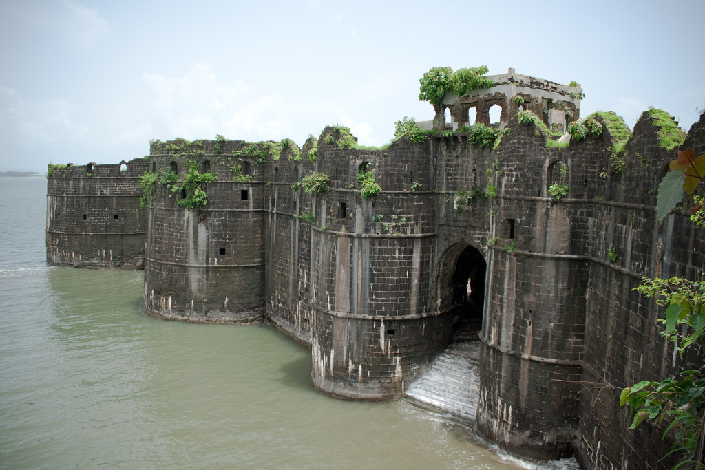 Murud-Janjira-Sea-Fort-Murud-in-Maharashtra