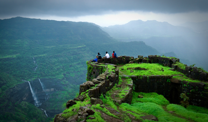 Rajmachi-Fort-in-Lonavala-and-Khandala