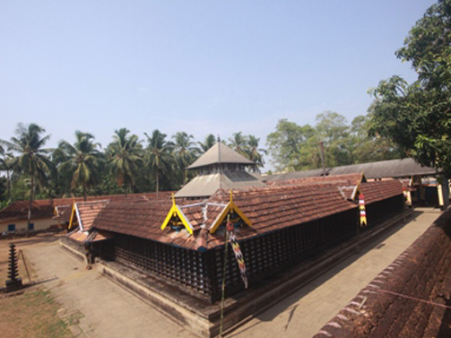 Nava Mukunda Temple at Thirunavaya