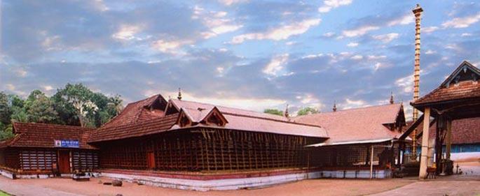 kumaranallur-devi-temple