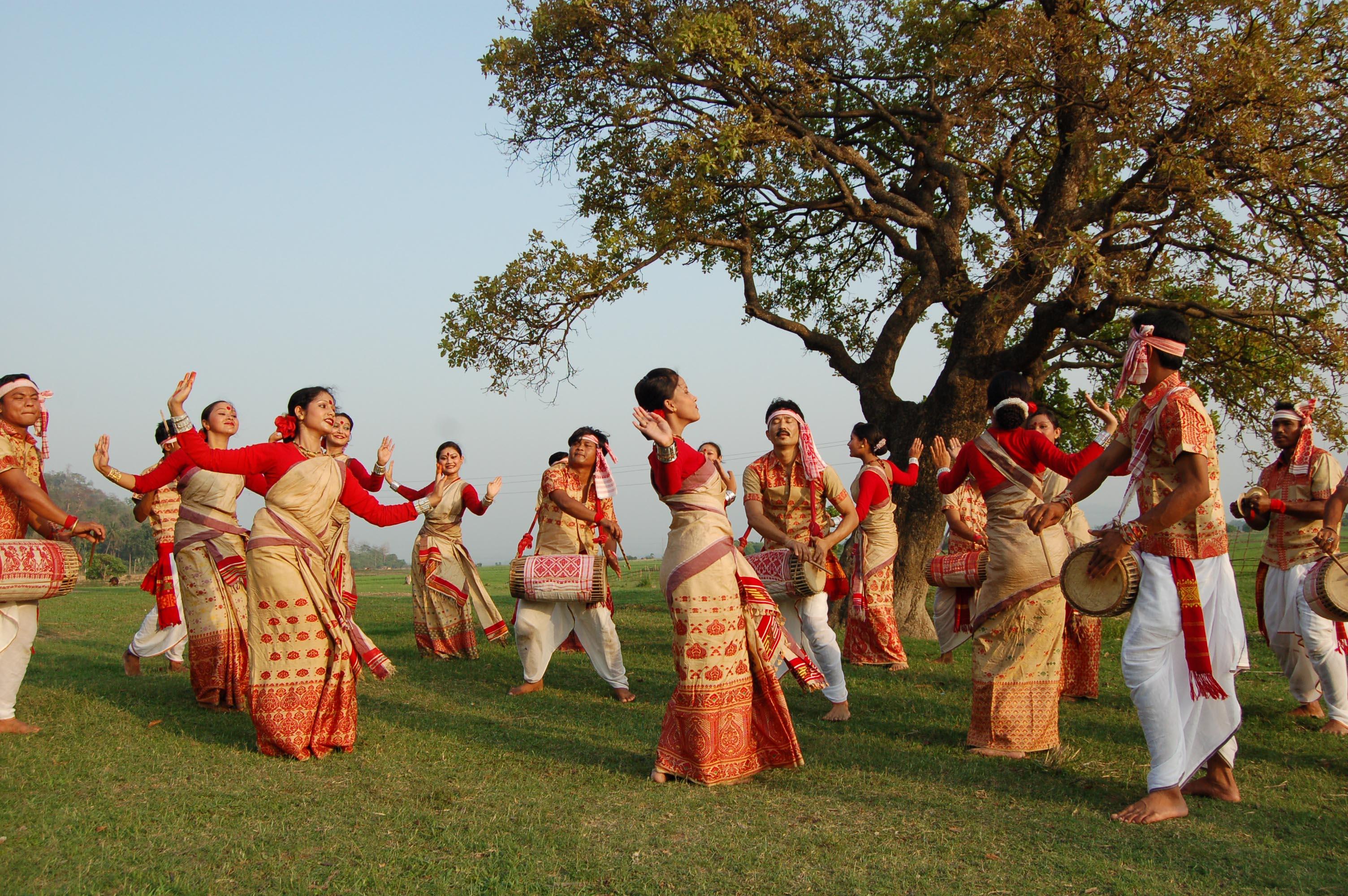 Rongali Bihu celebrations in Assam (April 13-15) – Discovering ...
